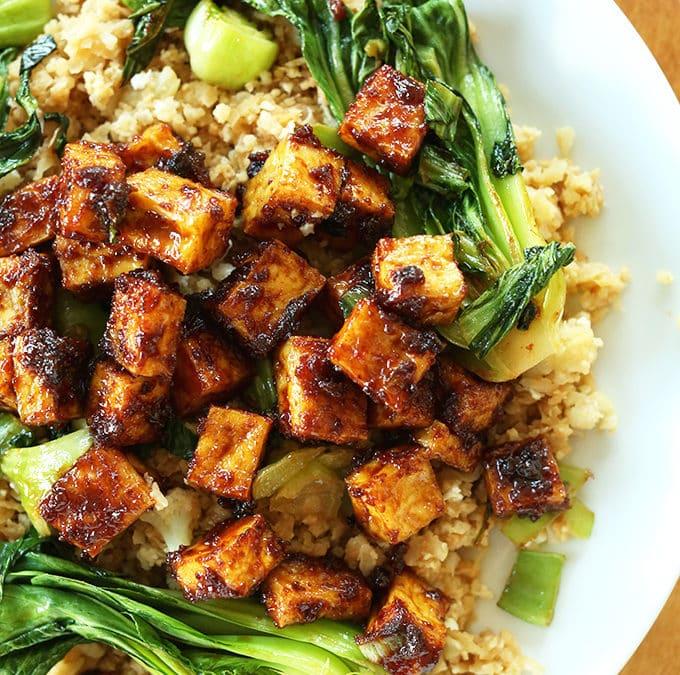 Тофу с рисом из цветной капусты