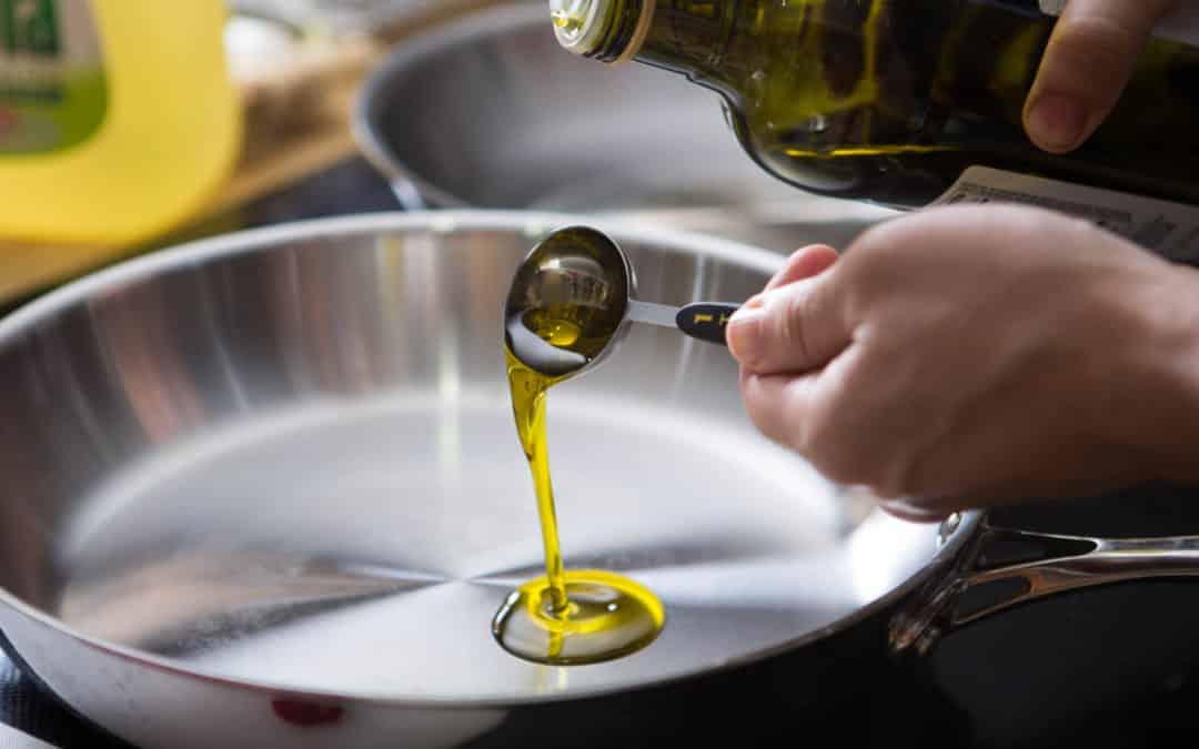 Оливковое масло EXTRA VIRGIN — можно ли на нем жарить?